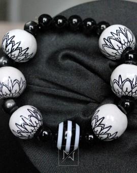 White-deco-bracelet